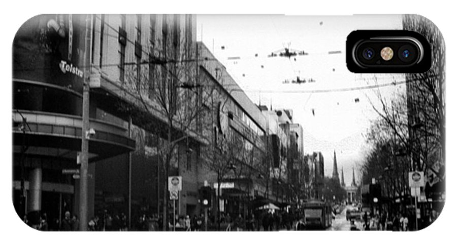 Bw IPhone X Case featuring the photograph Street In Melbourne by Sanjeewa Marasinghe