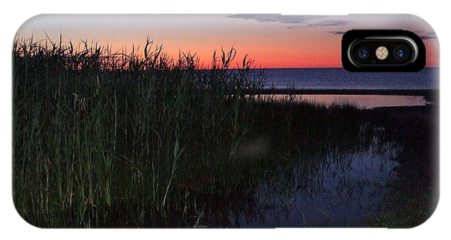 4:30am IPhone X Case featuring the photograph Sunrise Over Lake Huron by Susan Wyman