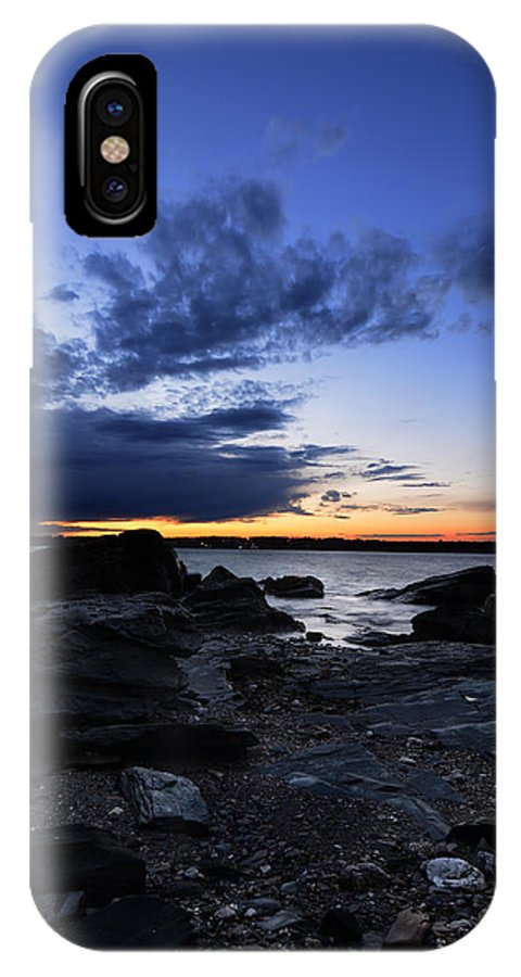 Fort Getty Park IPhone X Case featuring the photograph Sunset At Fort Getty by Lourry Legarde