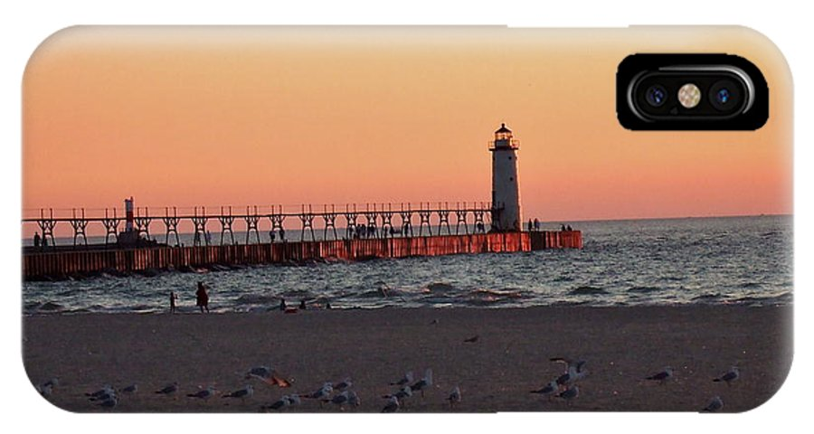 Sunset IPhone X Case featuring the photograph Sunset At The Lighthouse by Susan Wyman