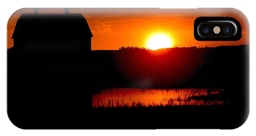 Red Barns IPhone X Case featuring the photograph Sunset Over The Barn by David Matthews