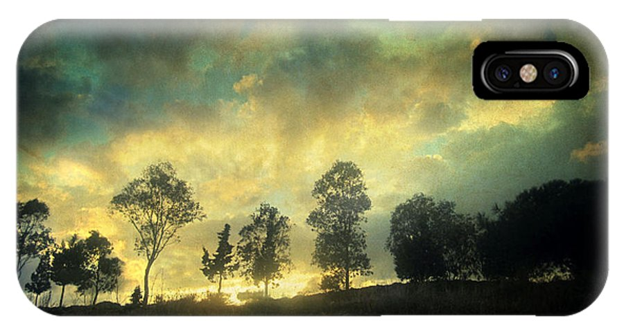 Nature IPhone X Case featuring the photograph Sunset Trip by Zapista