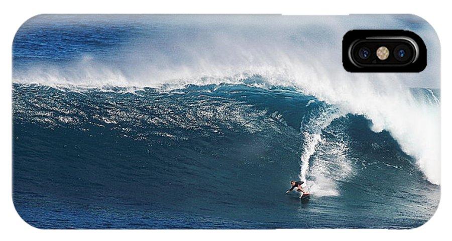 Surfing Waimea Bay IPhone X Case featuring the photograph Surfing Waimea Bay by Richard Cheski