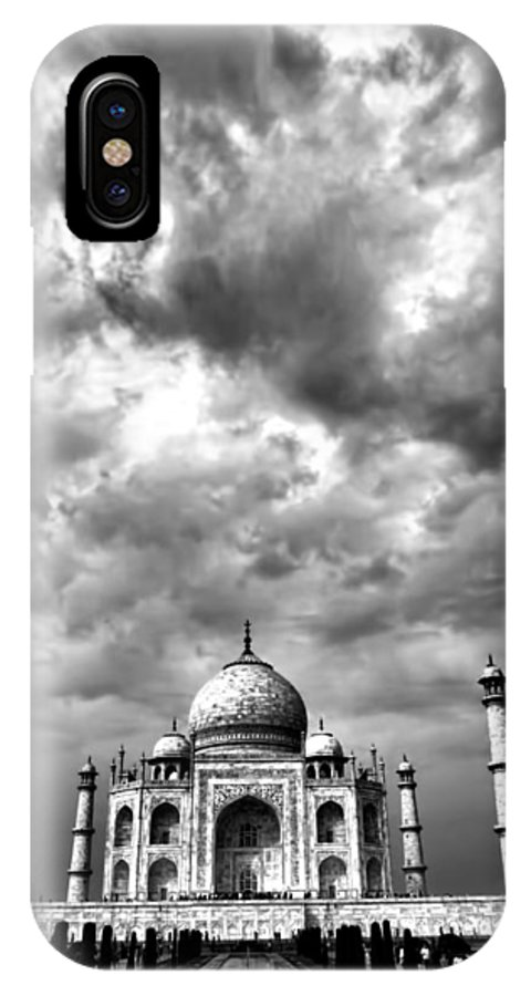 Taj Mahal IPhone X Case featuring the photograph Taj Mahal India In Black And White by Amanda Stadther