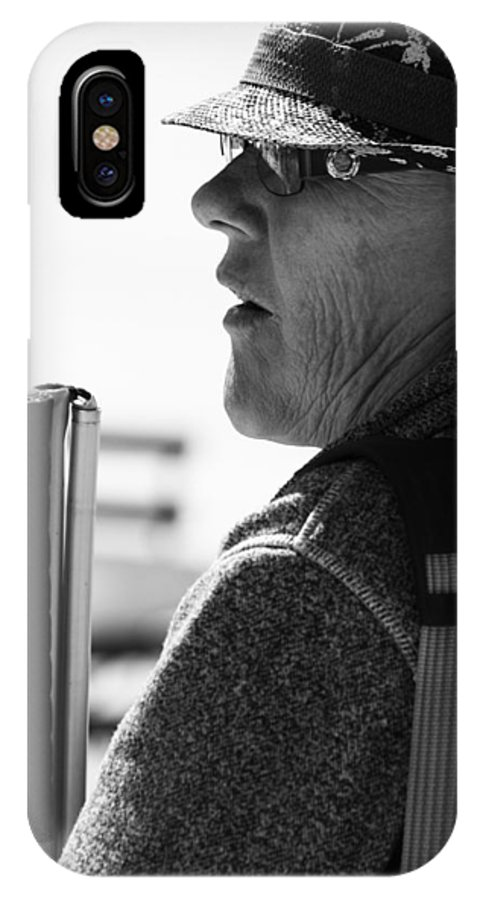 Street Photography IPhone X Case featuring the photograph Tap And Stare by The Artist Project