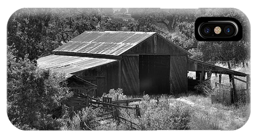 Rustic IPhone X Case featuring the photograph The Barn 2 by Richard J Cassato