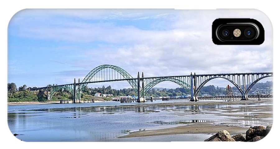 Oregon IPhone X Case featuring the photograph The Bridge To Old Town by Image Takers Photography LLC - Laura Morgan