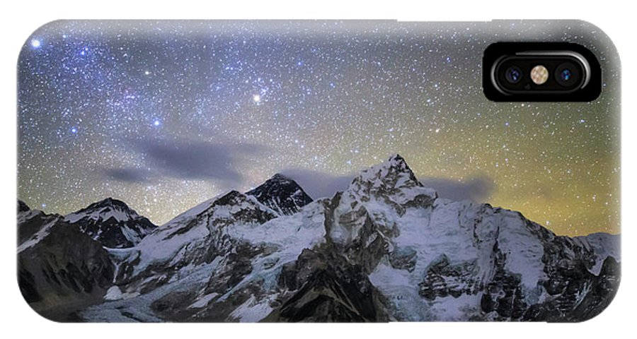 Horizontal IPhone X Case featuring the photograph The Bright Stars Of Auriga And Taurus by Jeff Dai