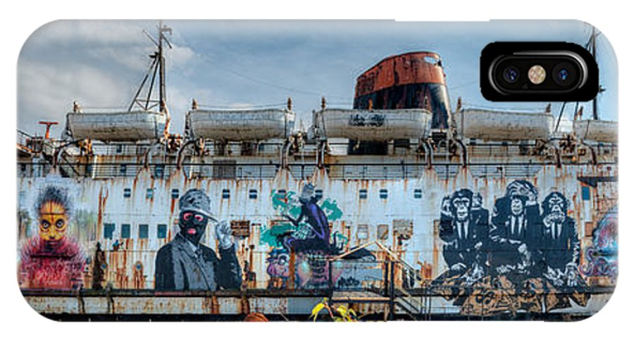 Duke Of Lancaster IPhone X Case featuring the photograph The Duke Of Graffiti by Adrian Evans