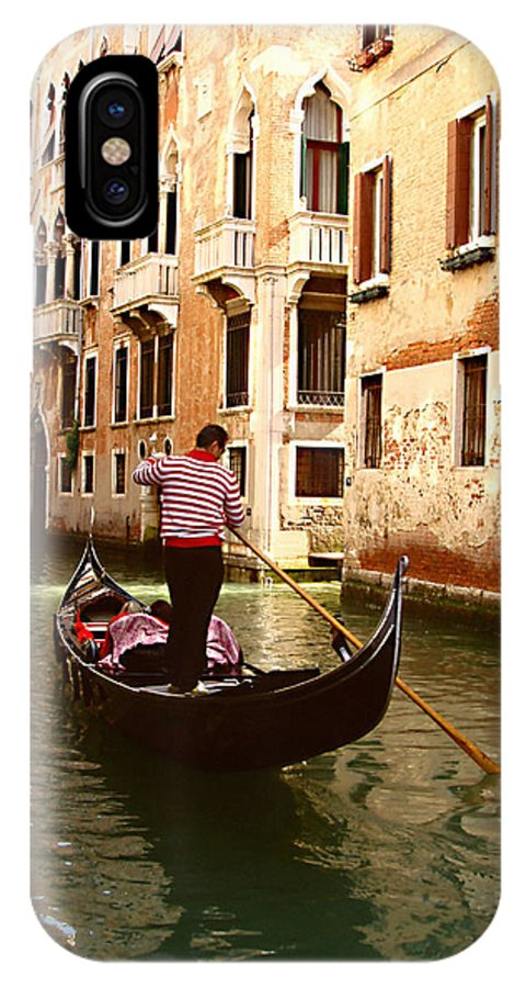 The Gondolier IPhone X Case featuring the photograph The Gondolier by Ellen Henneke
