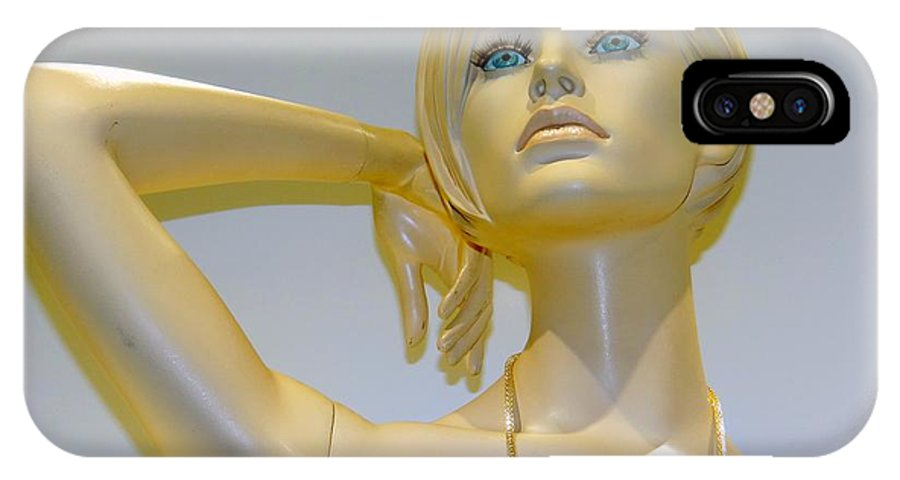 Mannequins IPhone X Case featuring the photograph The Head Turner by Ed Weidman