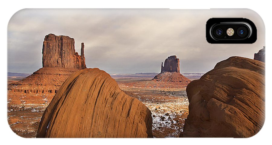 Momument Valley IPhone X Case featuring the photograph The Mittens by Kennith Gordon