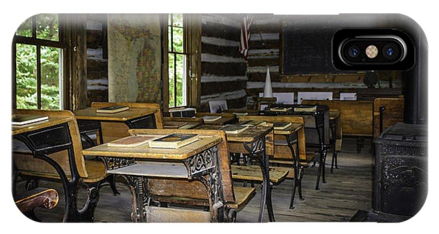 Usa IPhone X Case featuring the photograph The Old Mikado Bailey School House by LeeAnn McLaneGoetz McLaneGoetzStudioLLCcom