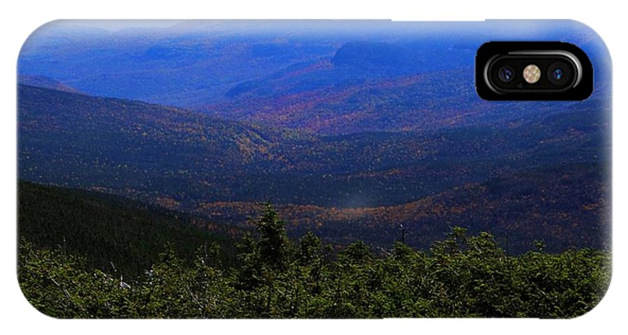Mt Washington IPhone X Case featuring the photograph The View From Mt Washington by Tim Canwell
