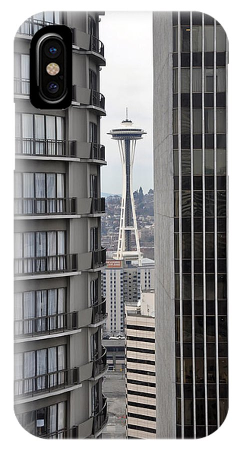 Seattle IPhone X / XS Case featuring the photograph Thread The Needle by David Dittmann
