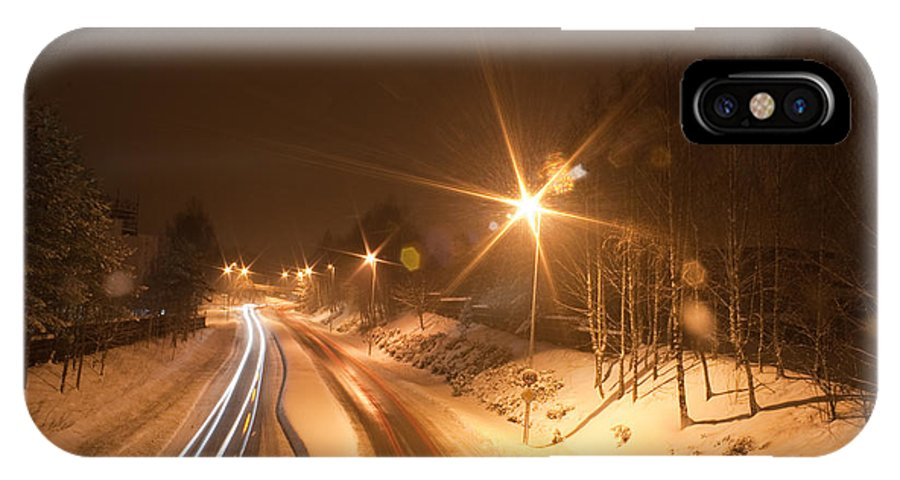Traffic IPhone X Case featuring the photograph Traffic by Geir Ivar Odegaard