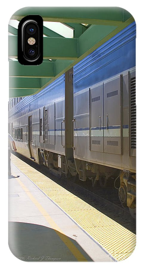 Arriving IPhone X Case featuring the photograph Train Stopped At Station by Richard J Thompson
