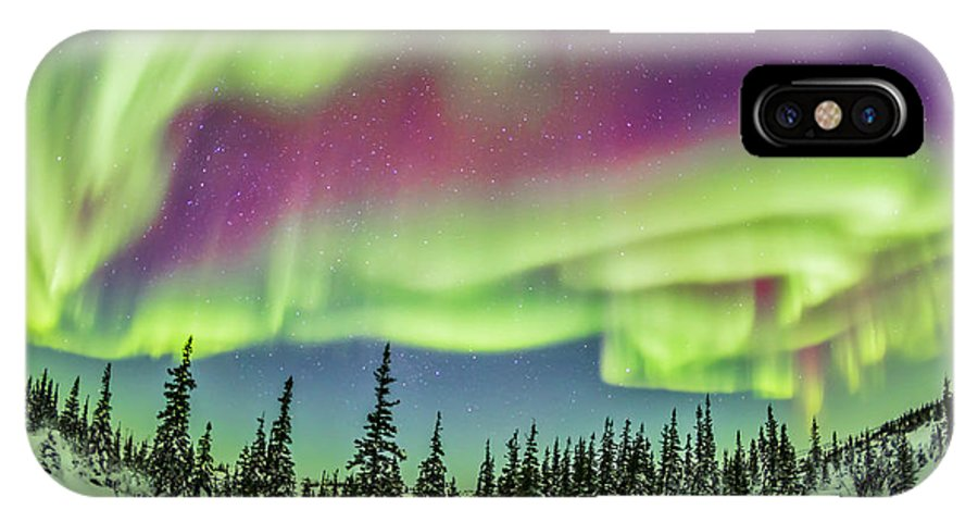 15mm Lens IPhone X Case featuring the photograph Ultrawide Aurora 4 - Feb 21, 2015 by Alan Dyer