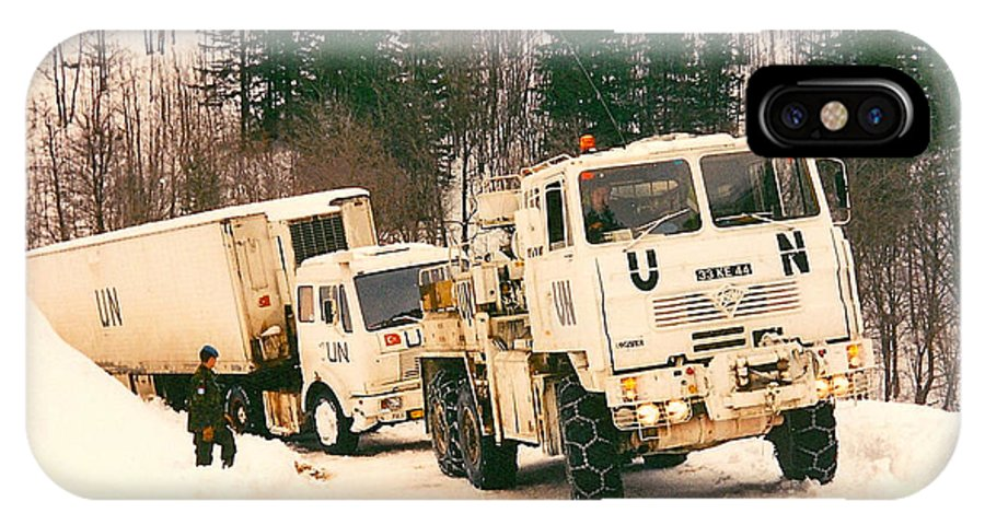 United Nations IPhone X Case featuring the photograph United Nations Convoy In Bosnia by Bob Parr