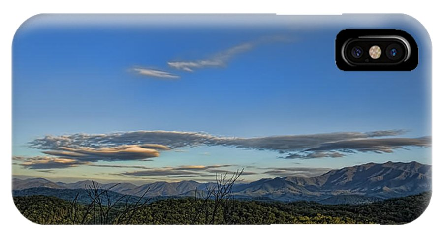 Tennessee IPhone X Case featuring the photograph Upslope Flow by Steven Richardson