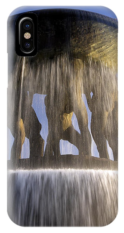 Fountain IPhone X / XS Case featuring the photograph Vigelands Fountain 3 by David Berg