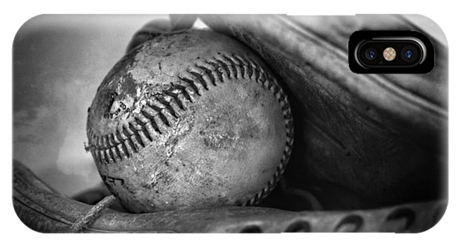 Vintage Baseball And Glove IPhone X Case featuring the photograph Vintage Baseball And Glove by Dan Sproul