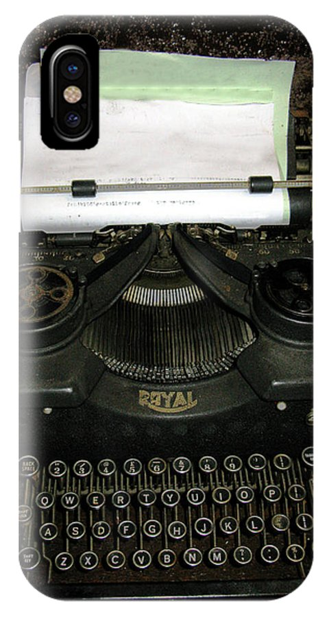 Typewriter IPhone X Case featuring the photograph Vintage Typewriter Mechanical by Tom Conway