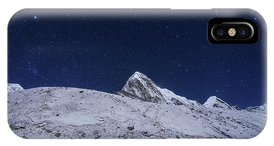 Horizontal IPhone X Case featuring the photograph Visitors Trekking To Kala Pattar by Jeff Dai