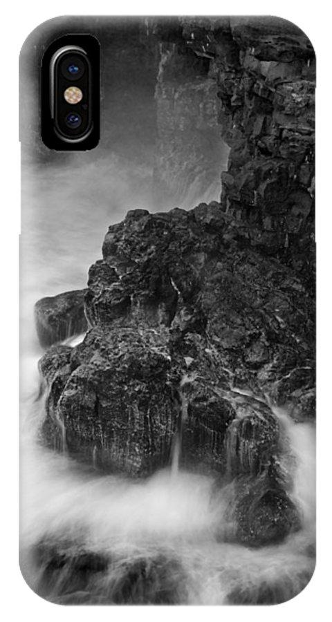 Orias IPhone X Case featuring the photograph Volcanic Shoreline C6j5985 by David Orias