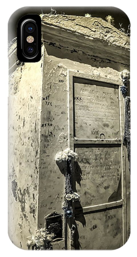 Cemetery IPhone X Case featuring the photograph Voodoo Queen Tomb by Diane Backs-Mancuso