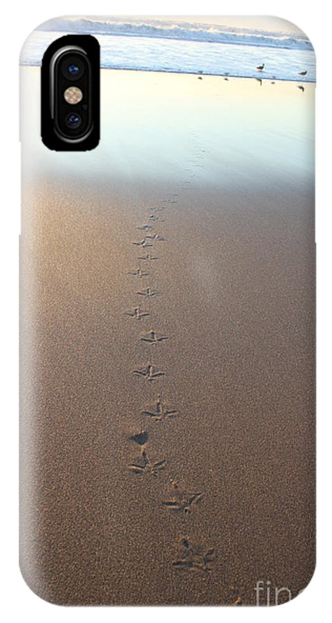 Photography IPhone X Case featuring the photograph Wait Up Fellas by Shannan Peters