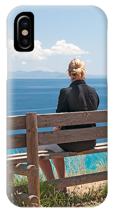 Adult IPhone X Case featuring the photograph Looking by Roy Pedersen