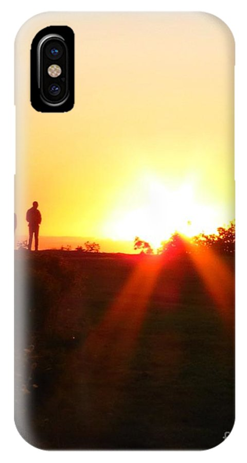 Hunter IPhone X Case featuring the photograph Watching The Sunrise by Donna Cavanaugh