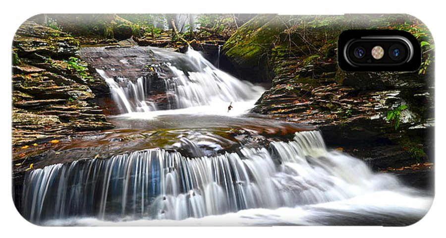 Oasis IPhone X Case featuring the photograph Waterfall Oasis by Frozen in Time Fine Art Photography