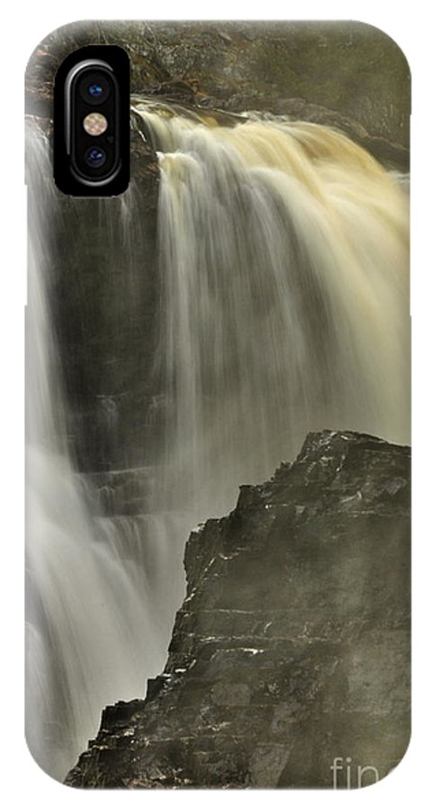 Michael Cummings IPhone X / XS Case featuring the photograph Waterfall On The Rocks by Michael Cummings