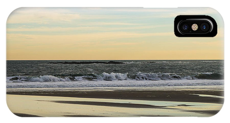 Beach IPhone X Case featuring the photograph Waves At Old Orchard by Andrew Dimmitt