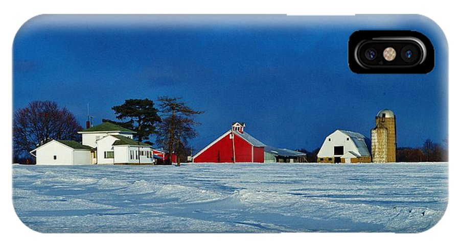 Winter Farm IPhone X Case featuring the photograph Winter Farm by Daniel Thompson