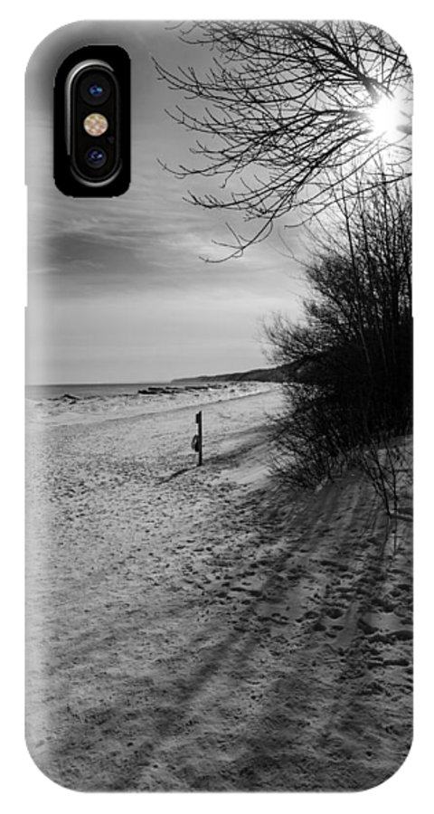 South Beach IPhone X Case featuring the photograph Winter On The Beach by Susan McMenamin