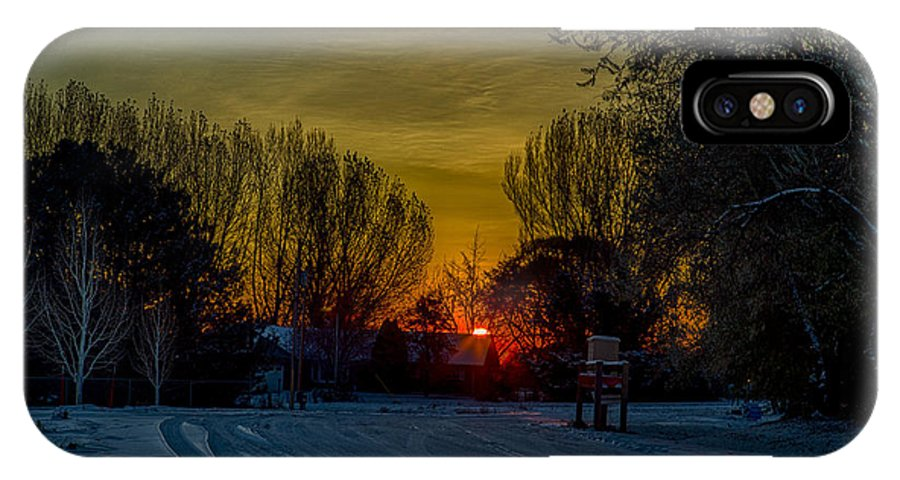 Hdr IPhone X / XS Case featuring the photograph Winters Drive by Dick Knapp