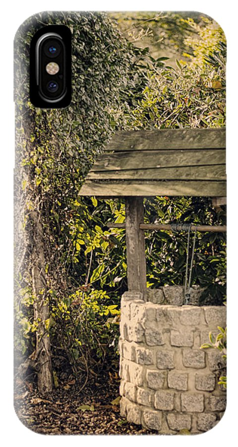 Wishing Well IPhone X Case featuring the photograph Wishing Well by Heather Applegate