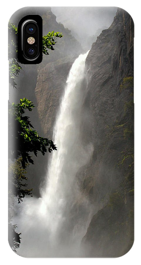 Yosemite IPhone X Case featuring the photograph Yosemite Natural Beauty by Caroline Stella