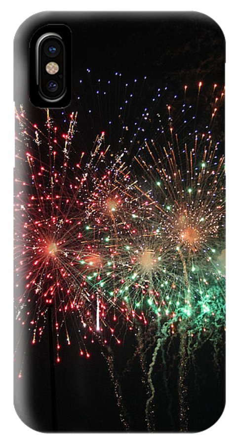 Fireworks IPhone X Case featuring the photograph Fantasia by Suzanne Gaff