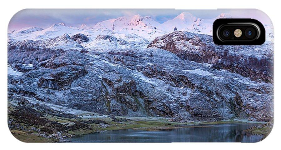 Asturias IPhone X / XS Case featuring the photograph Lake Ercina by Sebastian Wasek
