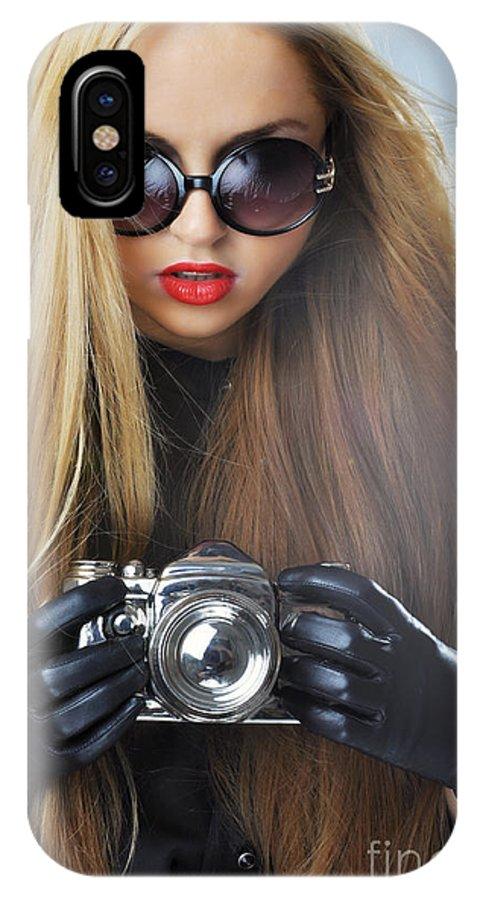 Yhun Suarez IPhone X Case featuring the photograph Liuda10 by Yhun Suarez