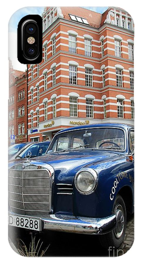 Gdansk IPhone X Case featuring the photograph Picturesque Gdansk by Sophie Vigneault