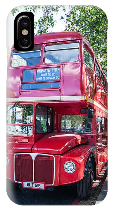 Dawn Oconnor Dawnoconnorphotos@gmail.com IPhone X Case featuring the photograph Red London Bus by Dawn OConnor