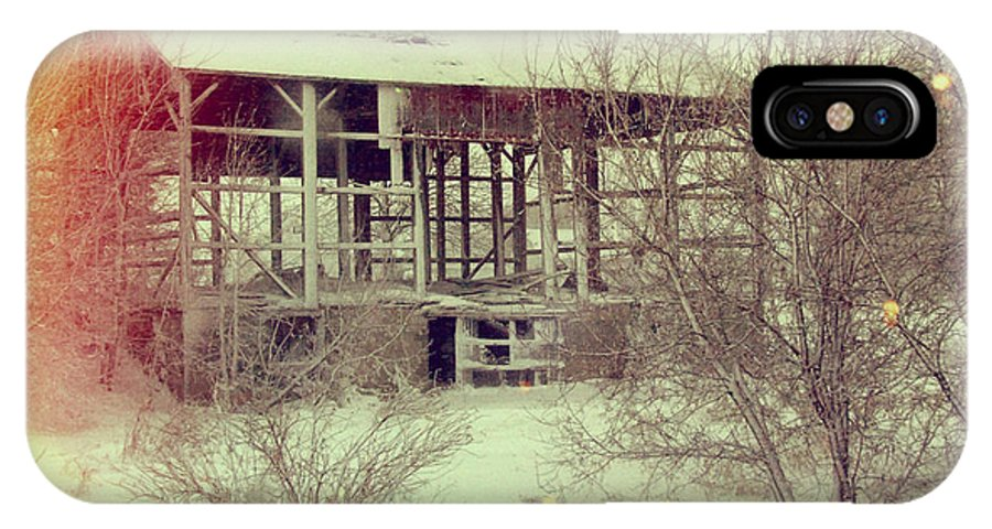 Countryside IPhone X Case featuring the photograph Barn In Snow by Jill Battaglia