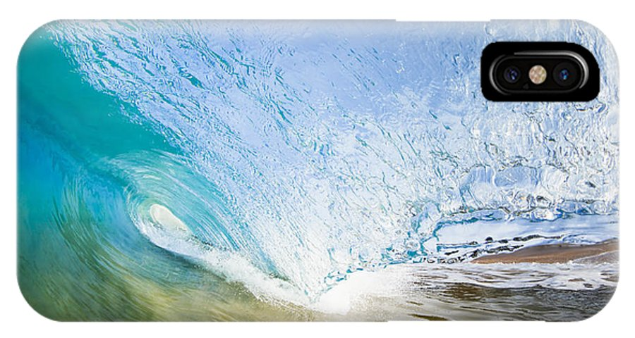 Amazing IPhone X Case featuring the photograph Wave Breaking On Makena Shore by MakenaStockMedia - Printscapes
