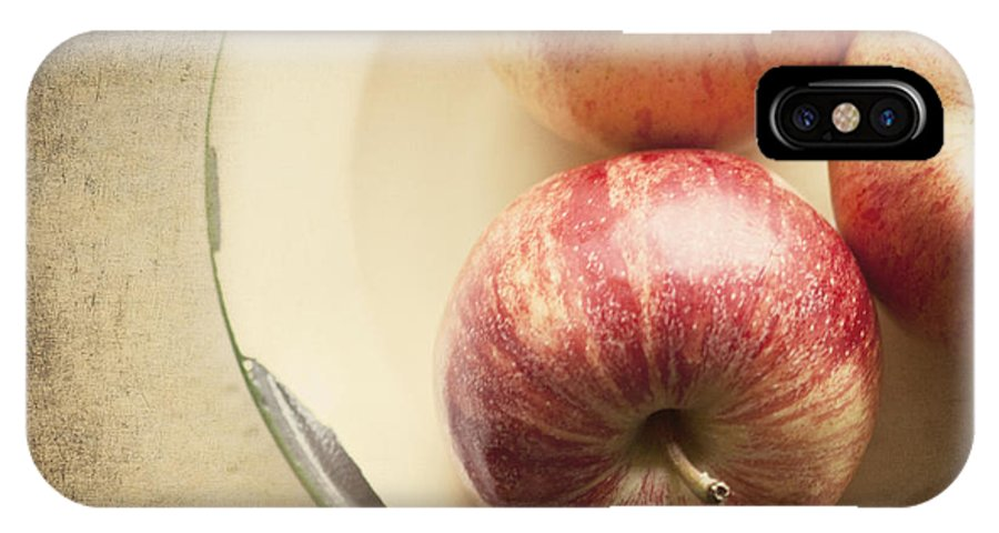 Fruit IPhone X Case featuring the photograph 3 Apples by Pam Holdsworth