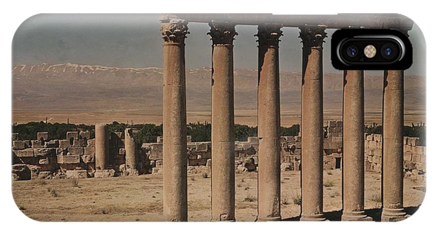 Day IPhone X / XS Case featuring the photograph A View Of More Ruins From The Columns by W. Robert Moore